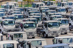 たくさんのトラック