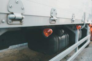 トラックのマーカーランプ